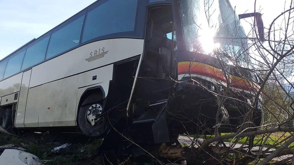 incidente scuola bus castelbuono 4-3