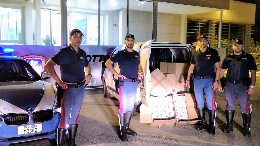 arresto sequestro carico sigarette contrabbando autostrada palermo catania-2