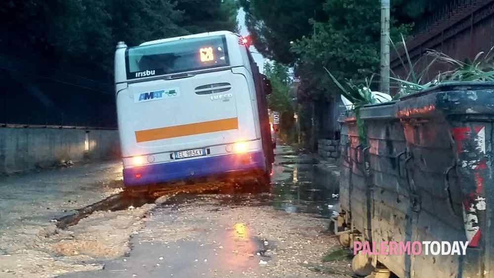 autobus bloccato tommaso natale 3