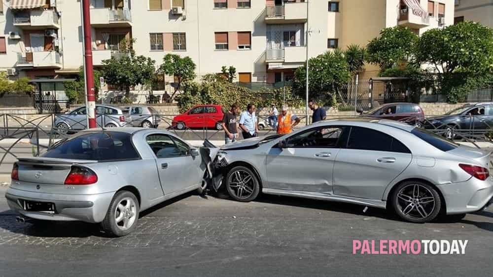 Incidente in viale Michelangelo 19 agosto (3)-2