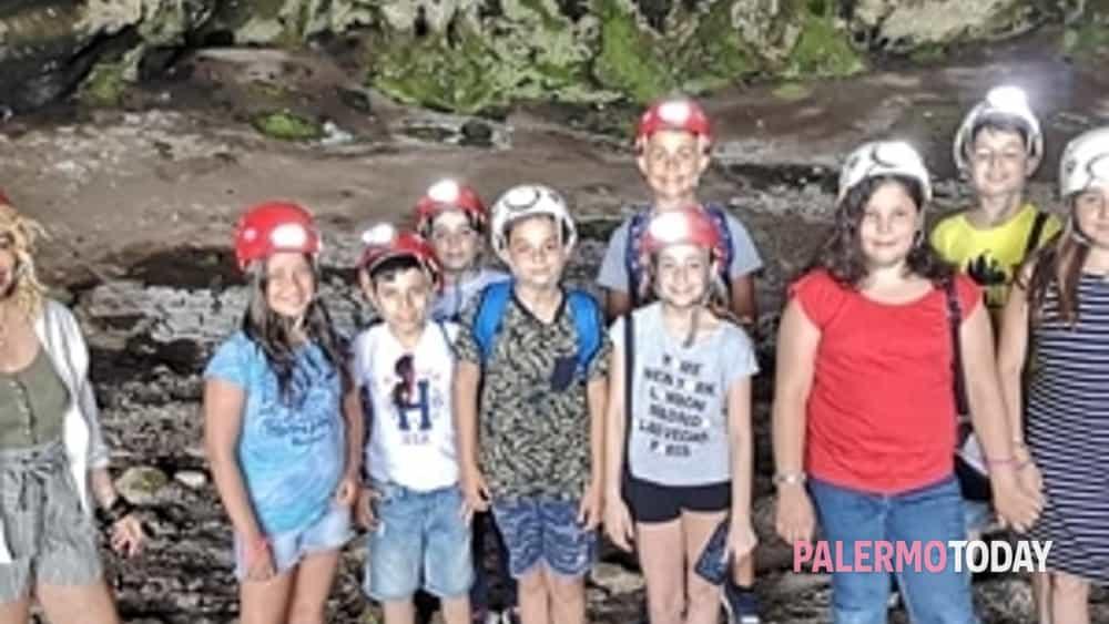 visita alla grotta dei puntali, in piena riserva orientata-4