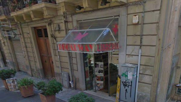 """""""Insula dulcis"""", la presentazione alla libreria Broadway"""
