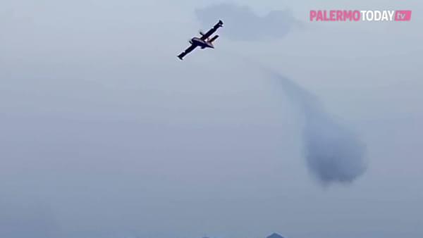 VIDEO | Scirocco e incendi: Palermo e provincia nella morsa del fuoco