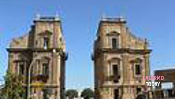 La via della catena, istantanea del porto di Palermo nei secoli