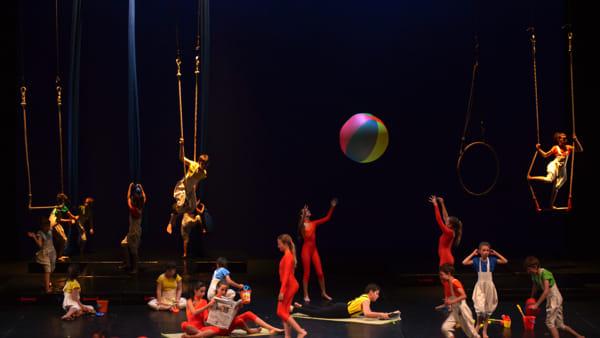"""""""Viaggio straordinario"""", il nuovo spettacolo del Circ'Opificio sul palco del Teatro Biondo"""