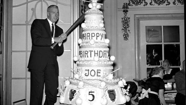 Fu il più grande giocatore di baseball di tutti i tempi, a Isola una mostra per Joe Di Maggio