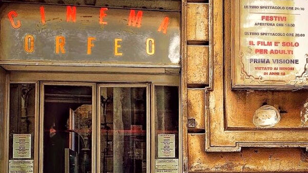 reopens the Orfeo, the last red light cinema in the city thumbnail