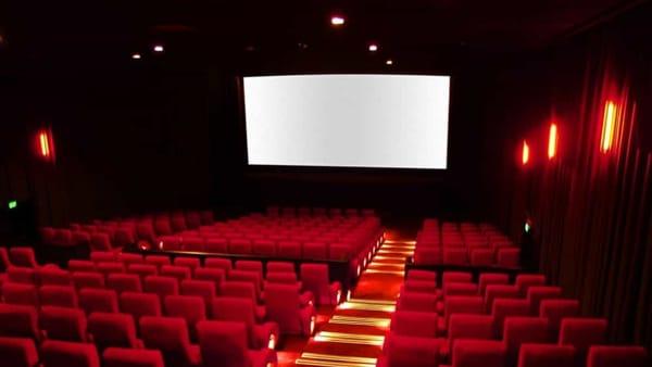 """""""Voglio che tu lo sappia..."""", lo spettacolo su quattro donne del mito al cineteatro Lux"""