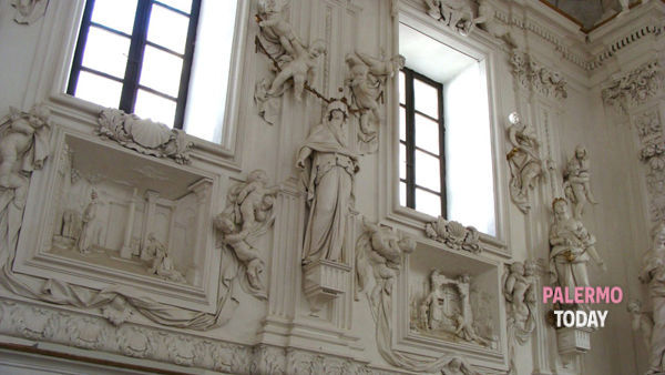 """""""Next"""" all'Oratorio di San Lorenzo, la mostra che rievoca la natività di Caravaggio"""