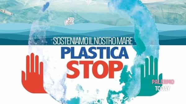 Plastica stop, la manifestazione di pulizia al porticciolo di San Nicola