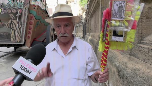VIDEO | Il Festino degli anni '50: ecco l'artista che disegna le bandierine con Santa Rosalia