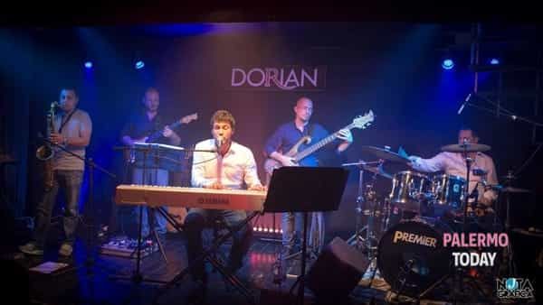 Tributi e apericene: fine settimana in musica al Dorian Art