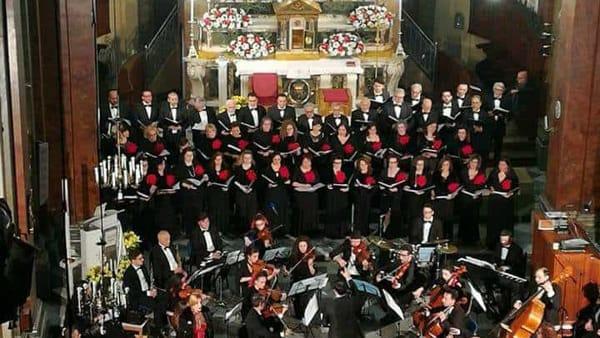 """Il coro """"Sancte Joseph"""" in un concerto, il Natale alla chiesa madre di Bagheria"""