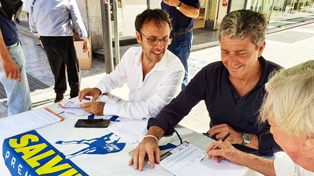 The League returns to the streets for the referendum on justice, gazebo in via Magliocco thumbnail
