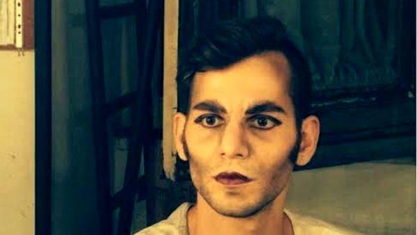 Due Giuliette, un Romeo bisessuale e la famiglia in crisi: lo spettacolo al Teatro Savio