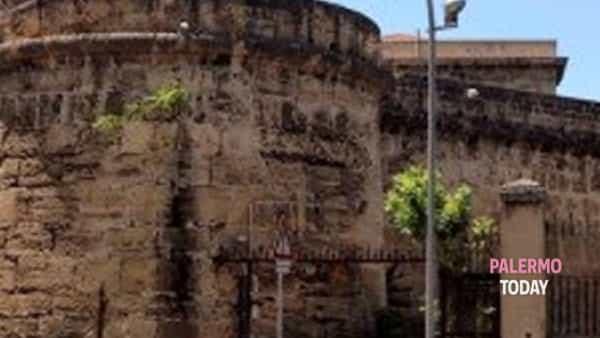 """""""Poesia dentro"""", detenuti e versi al carcere Ucciardone"""