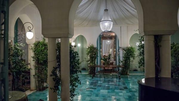 Gaja al Charleston, la cena evento con il re delle Langhe per la prima volta a Palermo
