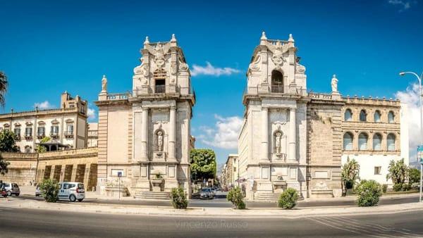 Palermo postbellica, passeggiata da Porta Felice al rifugio del Cassaro alto