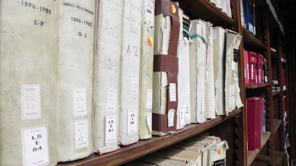 """""""La via dei librai"""", tour alla scoperta delle librerie storiche del Cassaro Alto"""