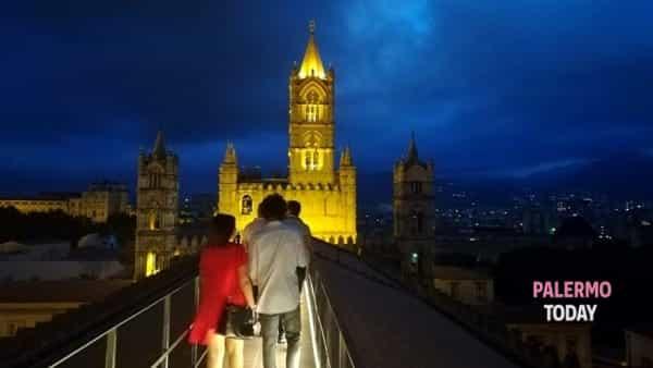 Un tour su Palermo a prova di vertigini, visita in notturna sui tetti della Cattedrale