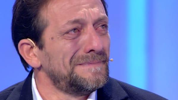 VIDEO | Padre e figlia non si vedono da 3 anni: lacrime palermitane a C'è Posta per te