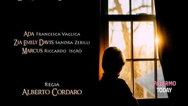 """""""A present for you"""" di Alberto Cordaro: il giallo si fa spettacolo al Teatro Lelio"""