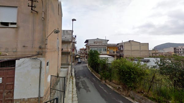 Via Cristoforo Colombo (foto Google street view)