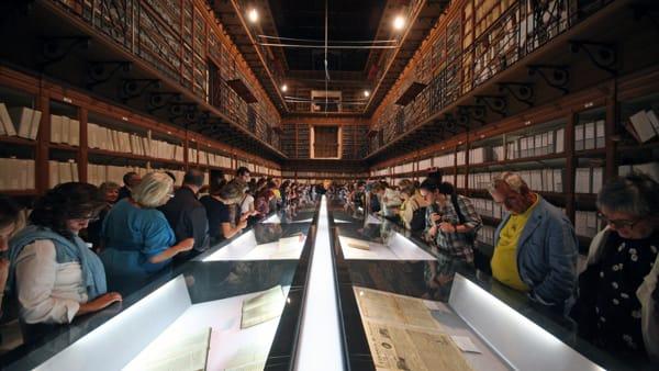 """""""Storia, presente e futuro del trasporto su ferro a Palermo"""", la mostra all'Archivio Storico"""
