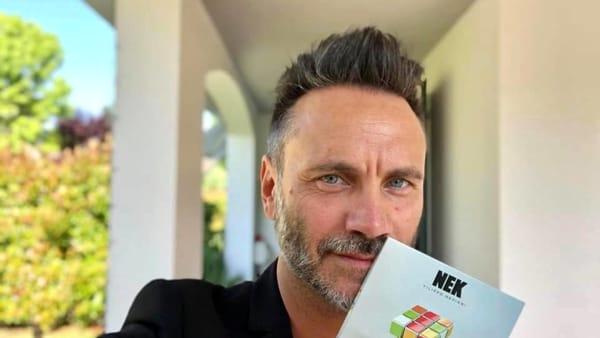 """Nek a Palermo, al Flaccovio Mondadori Store il firmacopie dell'album """"Il mio gioco preferito"""""""