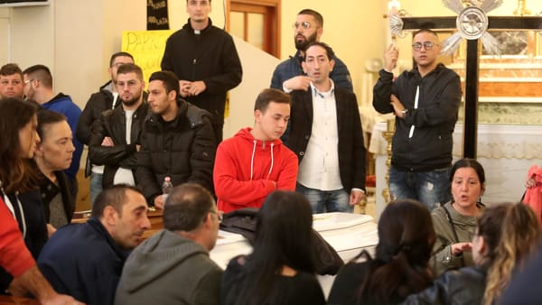 Tragedia di Casteldaccia, la camera ardente - foto Ansa (3)-2
