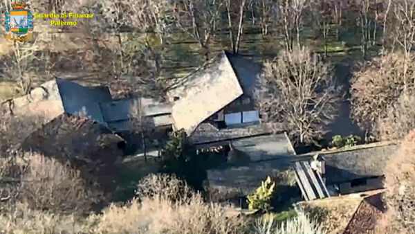 VIDEO | Quarantasei vani e un bosco a disposizione: la villa sequestrata all'ex patron di Blutec