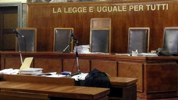 """""""Sexual violence on three patients"""", the trial for the neuropsychiatrist Marcello Grasso begins thumbnail"""