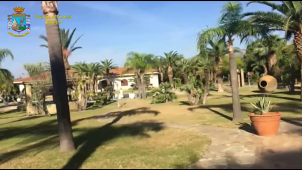 Hollywood? No, Partinico: nella villa lussuosa confiscata a Valenza anche un'area Spa | VIDEO
