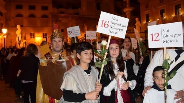 A Palermo non si festeggia Halloween, in centro arriva una sfilata di santi