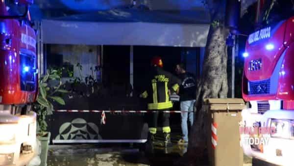 Incendio in un ristorante, le immagini da piazza Leoni | VIDEO