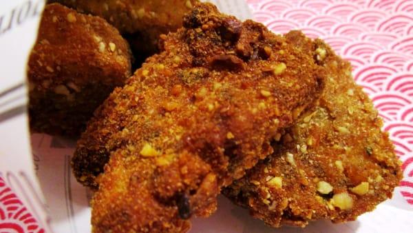 Pane fritto agli aromi e mandorle