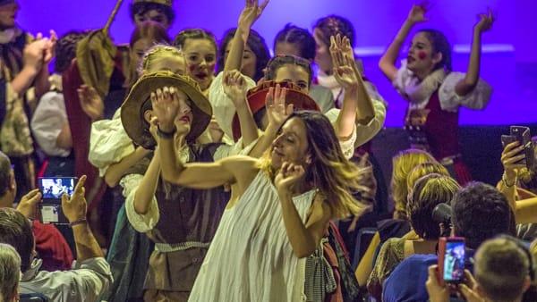 Il sipario non cala sul Ditirammu, ancora arte e teatro nel segno di Vito Parrinello