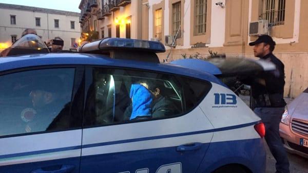 Omicidio in via Lombardo, uscita arrestato Questura (2)-2