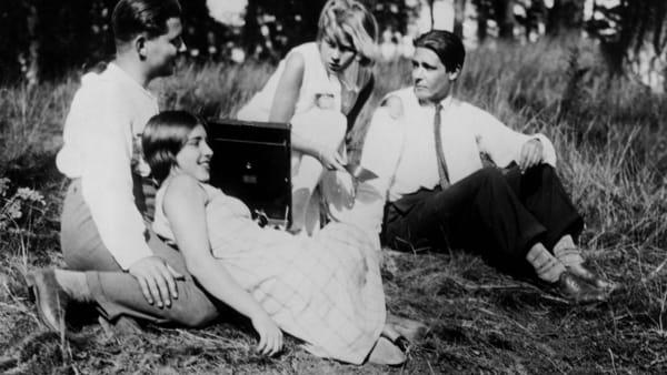 """""""Menschen am Sonntag"""" in lingua originale con sottotitoli: il film al Cinema De Seta"""