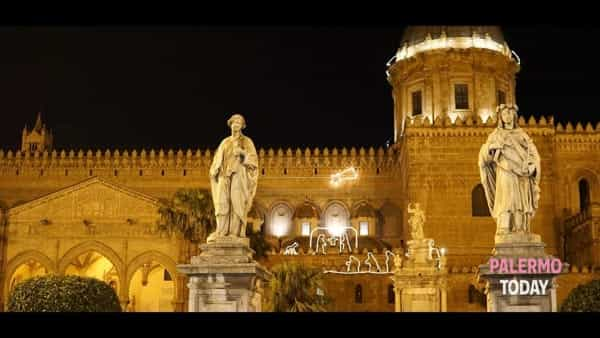 Palermo e le lucine di Natale viste dall'alto, apertura straordinaria dei tetti della Cattedrale