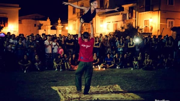 Danza, musica, giocolieri e divertimento in piazza, torna il Festone della Magione
