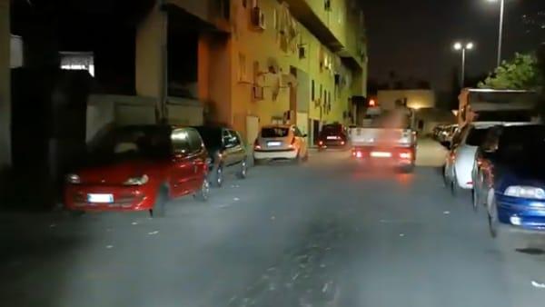 VIDEO | Coronavirus, sanificazione delle strade: Rap in azione di notte allo Zen