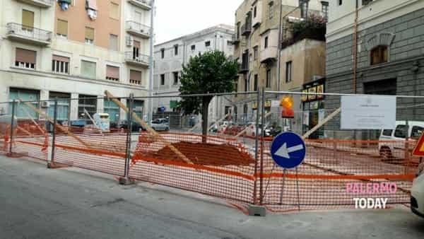 Piazza Bottego risorge dopo diversi lustri di inagibilità.-2