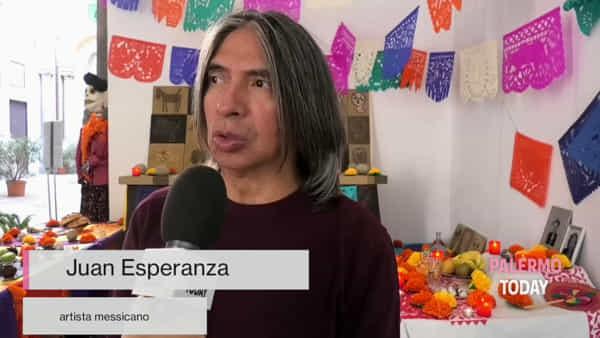 Notte di Zucchero, la festa dei morti è internazionale: ai defunti messicani piacciono cannoli e pupaccena | VIDEO