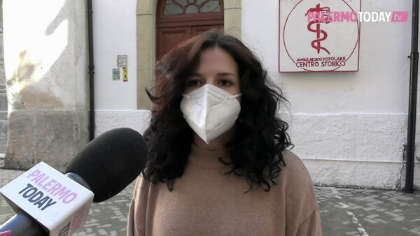 "VIDEO | L'ambulatorio popolare vicino alle donne: ""Visite al seno gratis per sopperire alle carenze per il Covid"""