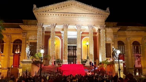 La mezzanotte si aspetta in piazza, l'anno del Teatro Massimo in un maxi schermo per tutti