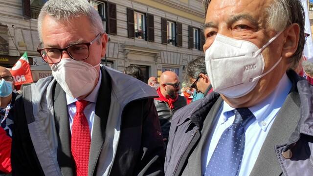 alongside the leader of the CGIL Landini to isolate the fascist regurgitation thumbnail