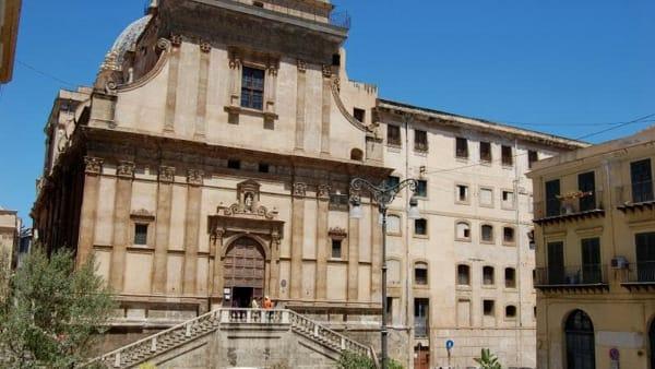 Palermo dall'alto e panorami mai visti: la visita ai tetti di Santa Caterina