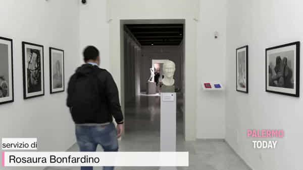 VIDEO | Quando le statue sognano, al Salinas il dialogo tra reperti antichi e artisti contemporanei