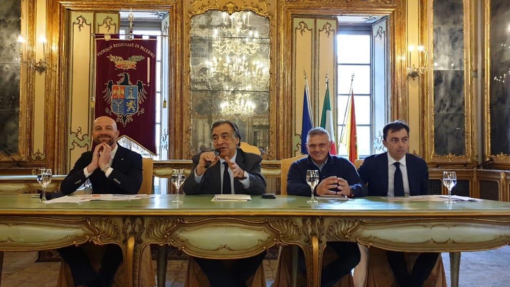 """La conferenza stampa di presentazione de """"La Domenica Favorita"""" a Palazzo Comitini"""